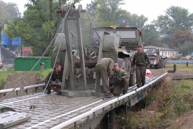 TATRA AM-50 EX Bridge Layer