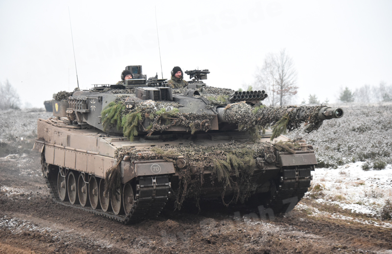 Canadian Army Leopard 2A4M CAN and Leopard 2A6M