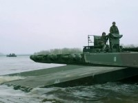 How NATO gets tanks across rivers