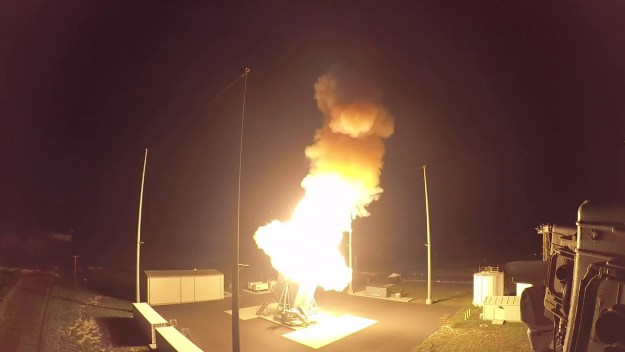 raytheon-sm-3-block-iia-makes-successful-intercept-of-ballistic-missile