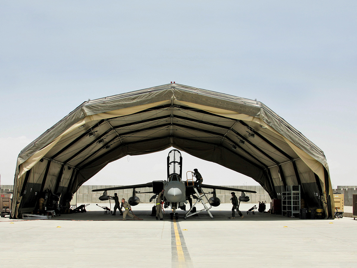 UK Ministry of Defence awards Rubb for delivery of quick deployable hangars