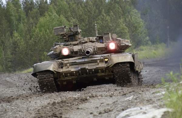 Vietnam receives T-90S Main Battle Tanks