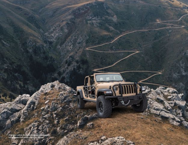 AM General Jeep Gladiator XMT Light Tactical Concept Vehicle