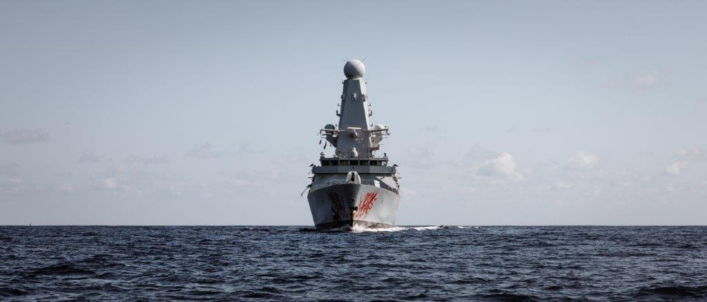 HMS Dragon brings air defence expertise to USS Dwight. D Eisenhower