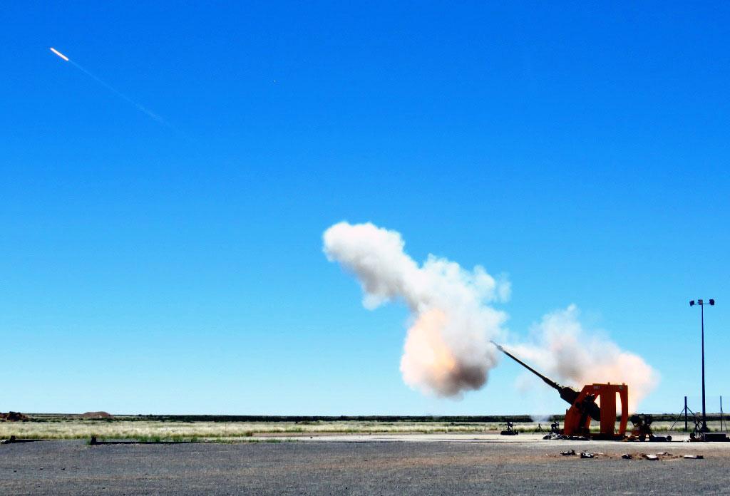 Rheinmetall Demos Tube Artillery Ranges to 76 Km