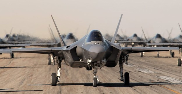 Lockheed Wins $1.16 Bn for F-35 Production Work