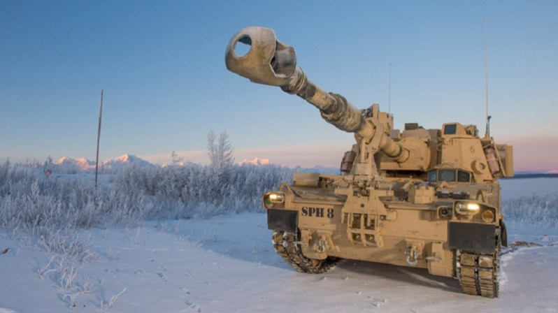 BAE Systems M109A7 in Alaska (David Schacher Photography LLC)