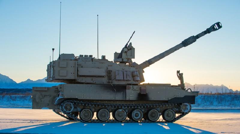 BAE Systems M109A7 in Alaska (David Schacher Photography LLC)