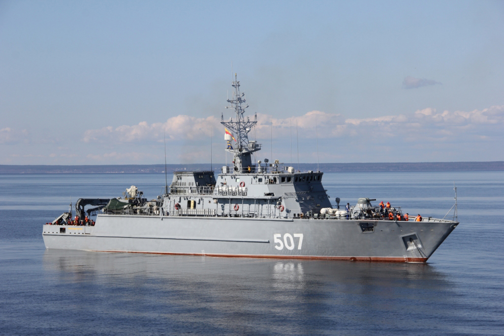 Project 12700 Alexandrit-class coastal-type minesweepers
