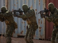 Members of the Guinea Armed Forces practice advanced weapons techniques during Flintlock 20 in Nouakchott, Mauritania, Feb. 15, 2020.