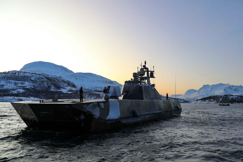 Royal Marine Commandos Raid with Norwegian Stealth Ship in Arctic