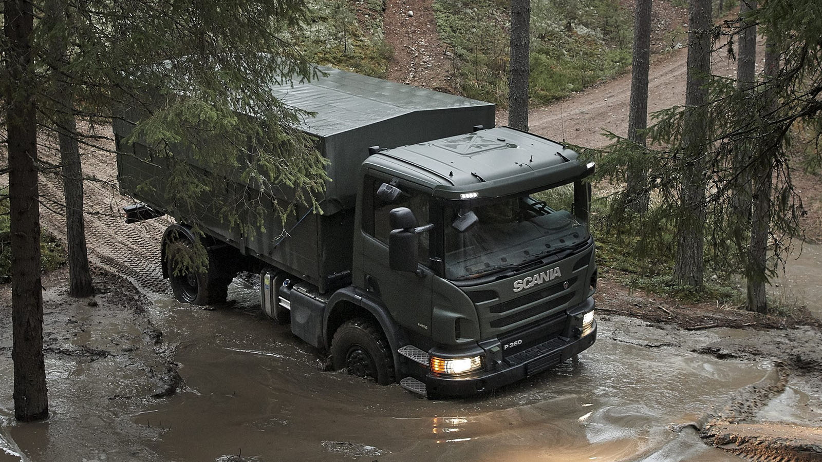 Scania P 360 CB4x4 general cargo flatbed with container locks (Scania)
