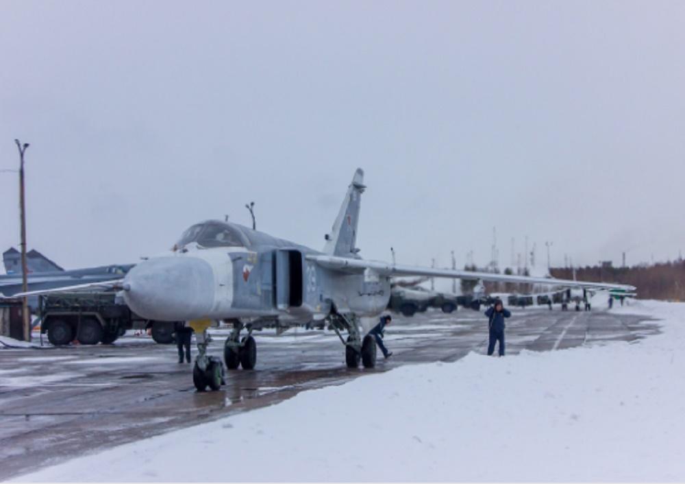 Russian Naval Aviation MiG-31BM Crews Train for In-Flight Refueling