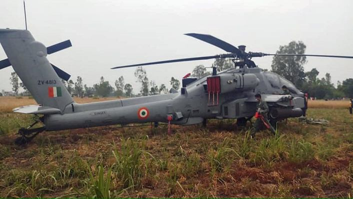 Indian Air Force AH-64E Apache Attack Helicopter Makes Emergency Landing in Punjab