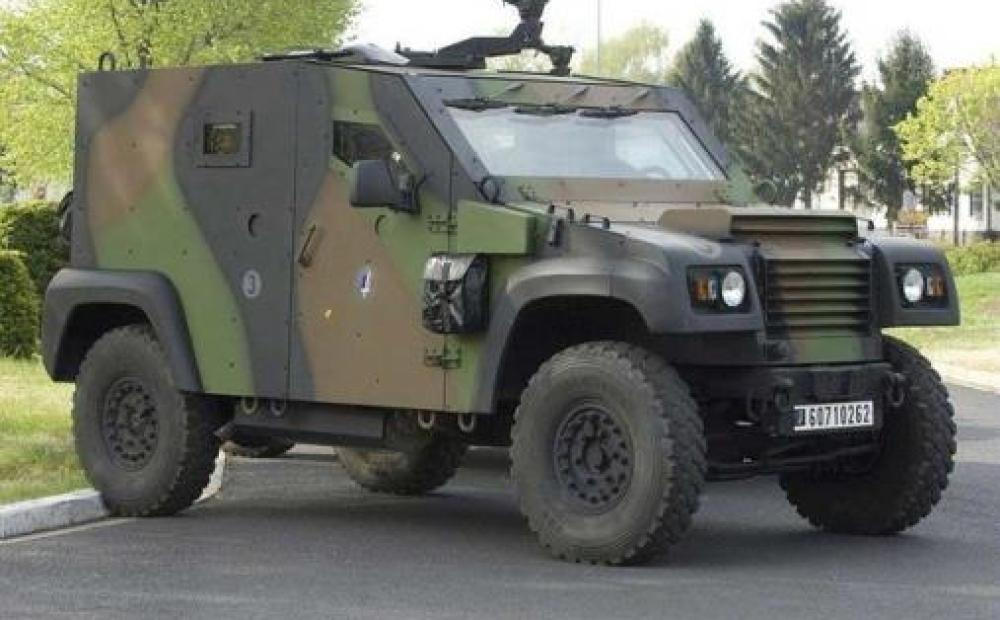 Announced in July 2012, the acquisition of Panhard General Defense by Renault Trucks Defense, a subsidiary of Volvo, took effect on 25 October 2012.