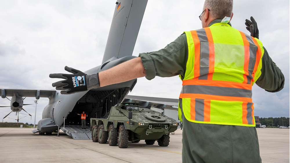 German Air Force Tests Loading of Boxer Armoured Fighting Vehicle in A400M