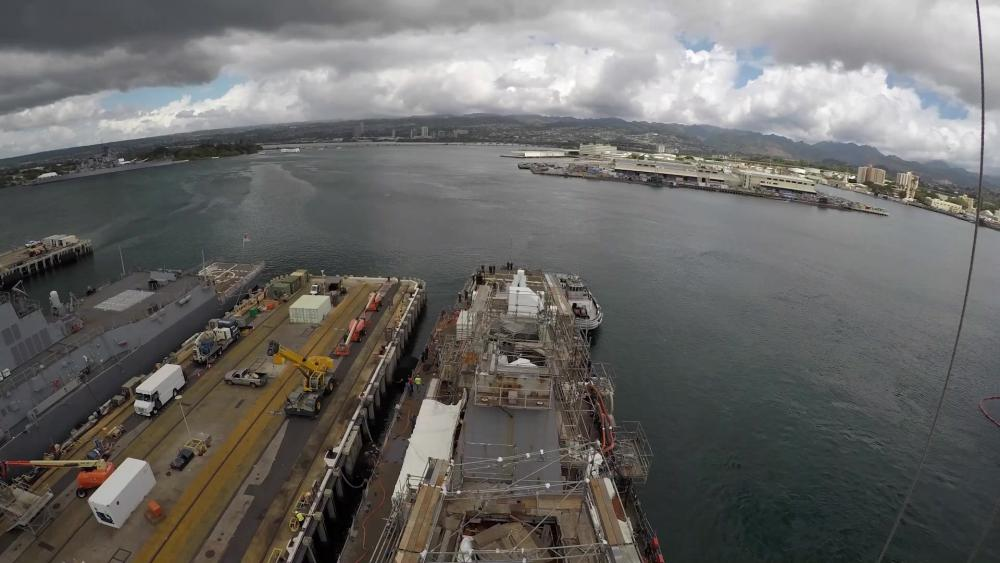 USS Hopper (DDG-70) Undocking Time-Lapse From Pearl Harbor Naval Shipyard