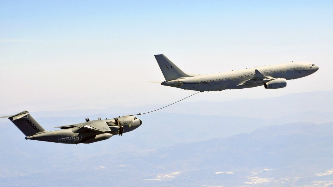 A330 MRTT Voyager Achieves Clearance to Refuel A400M Aircraft