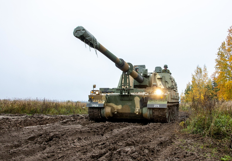 Estonia Receives South Korean K9 Thunder Self-propelled Howitzers