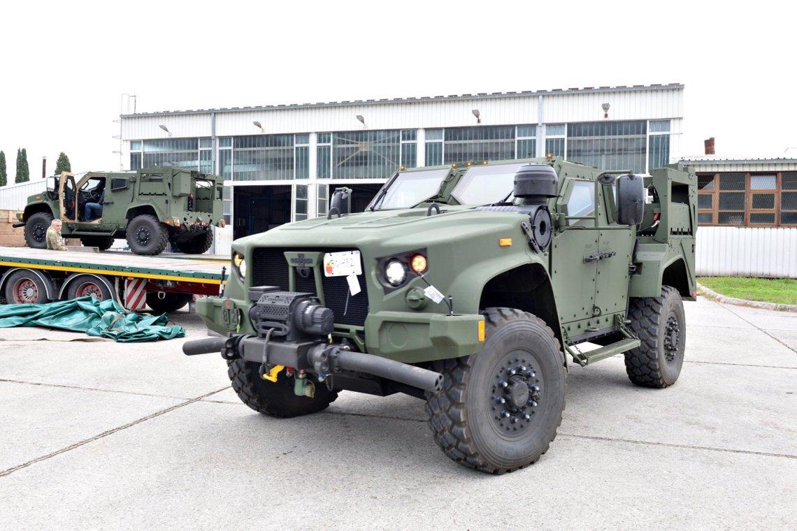 Oshkosh Joint Light Tactical Vehicles (JLTVs)