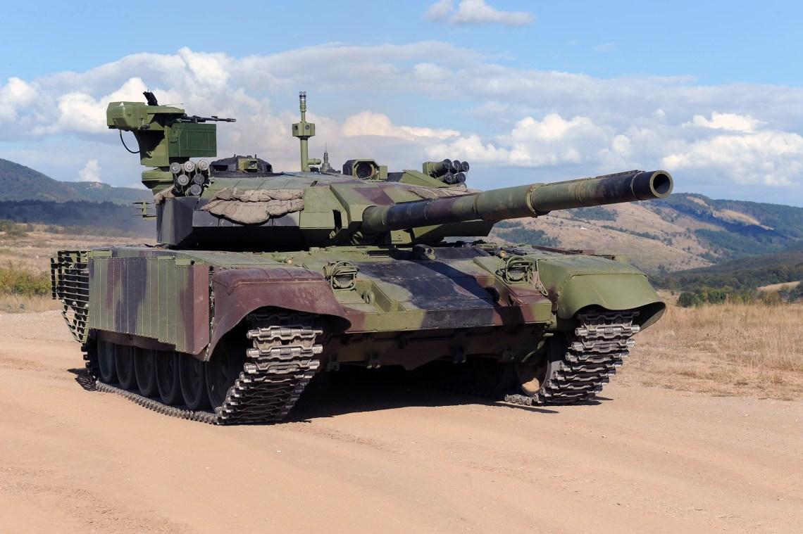 Srbija predstavila modernizirani M84 AS1 Serbian-ministry-of-defence-showcases-upgraded-m-84-as1-main-attle-tanks-4
