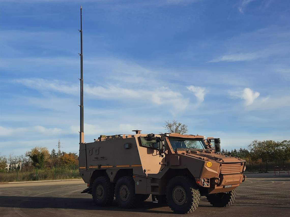 French Delegation for Armaments Qualifies Griffon Command Post Variant