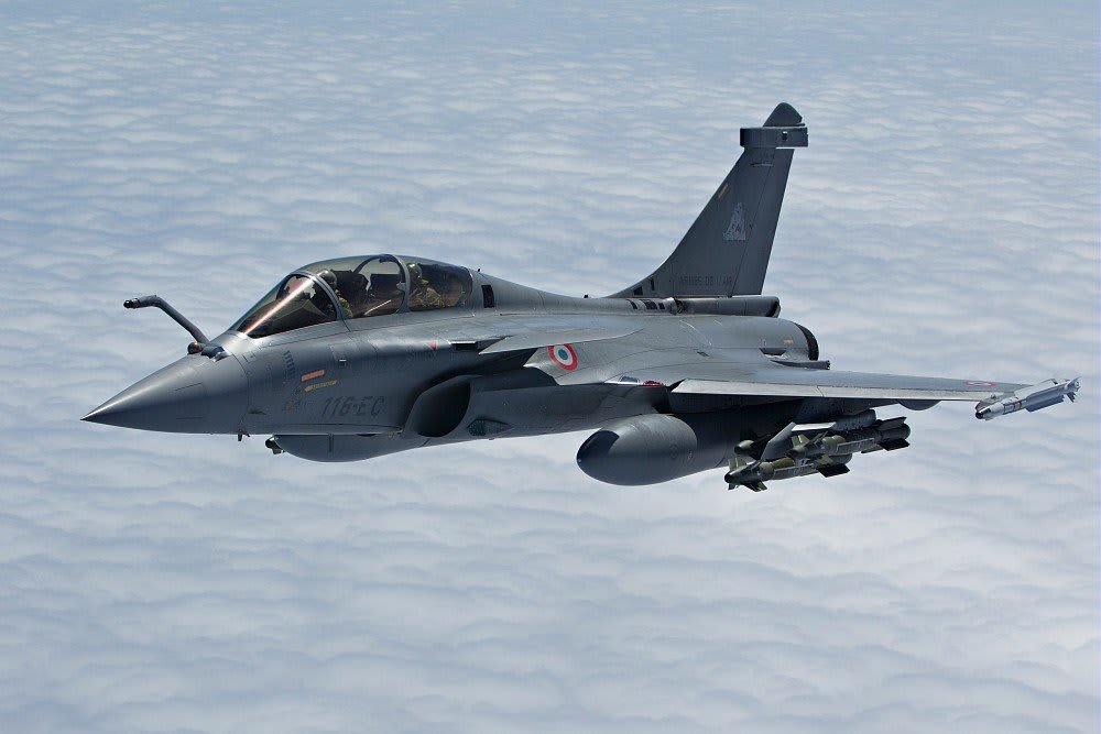 Dassault Rafale fitted with 6 AASM and MICA missiles