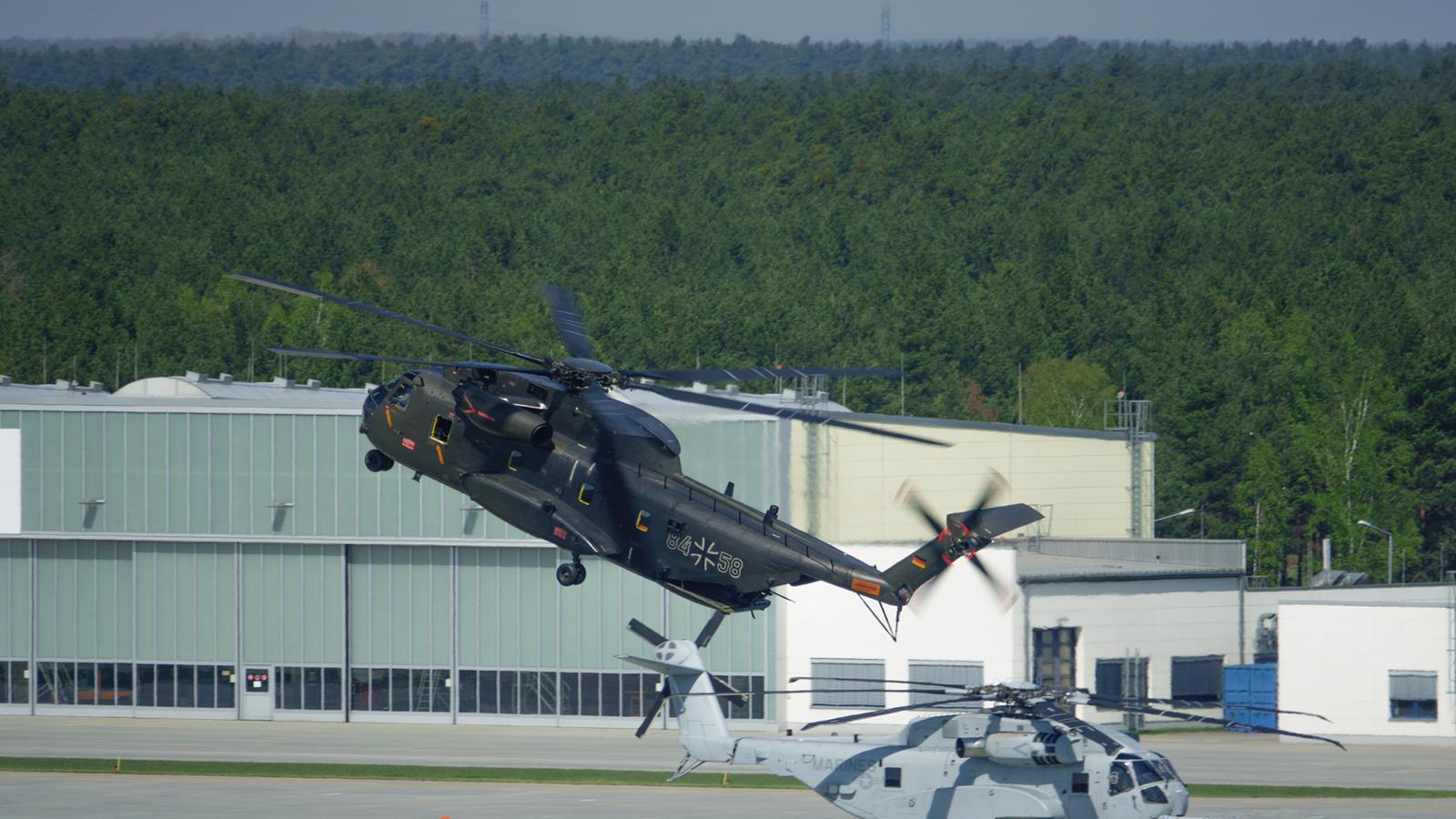 Rheinmetall Aviation Services Takes Over Maintenance of German CH-53G Transport Helicopter