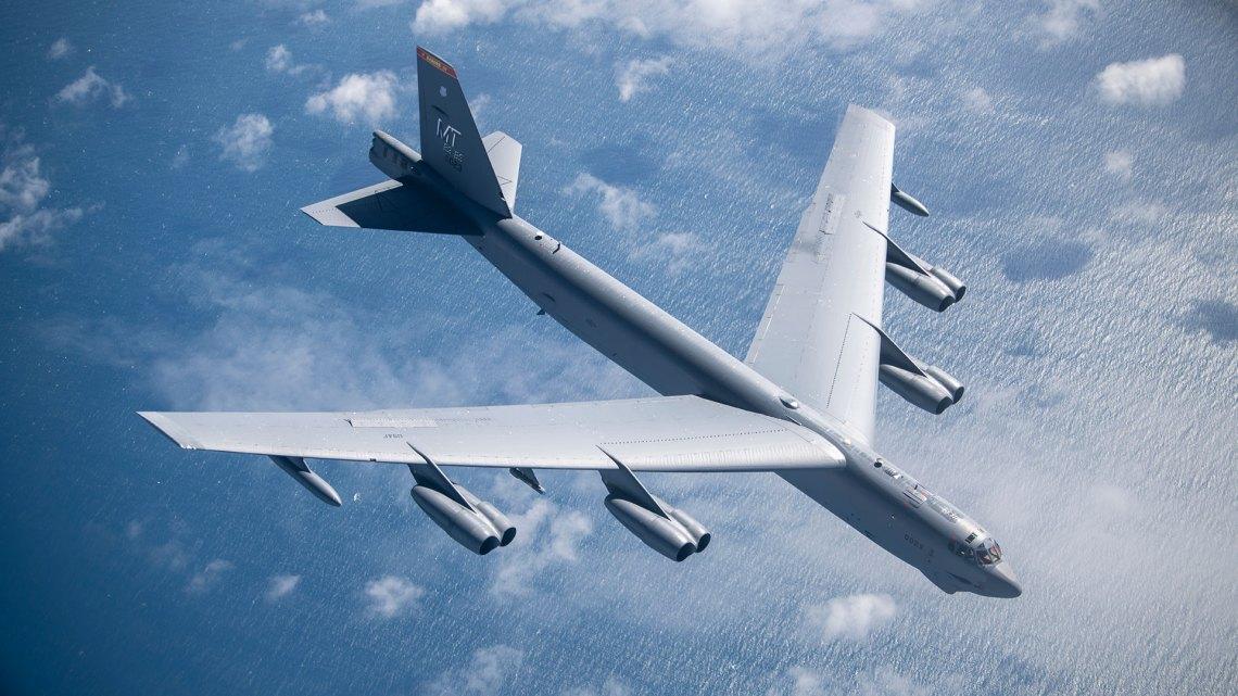 Boeing B-52 Stratofortress Jet-powered Strategic Bomber