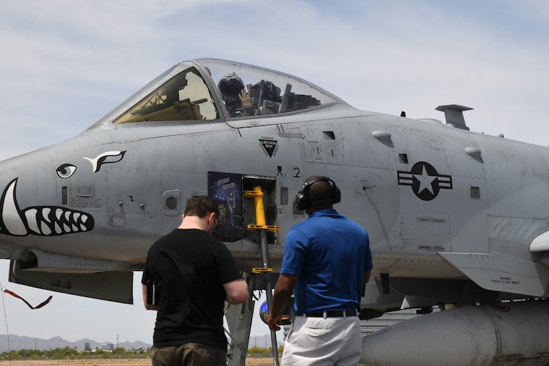 US Air National Guard Test New Visual Display System for A-10C Thunderbolt II