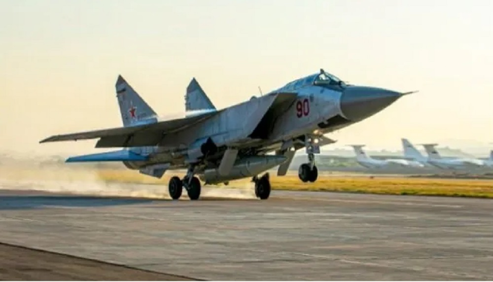 Russian MiG-31K Aircraft Deployed to Mediterranean with Kinzhal Hypersonic Missiles