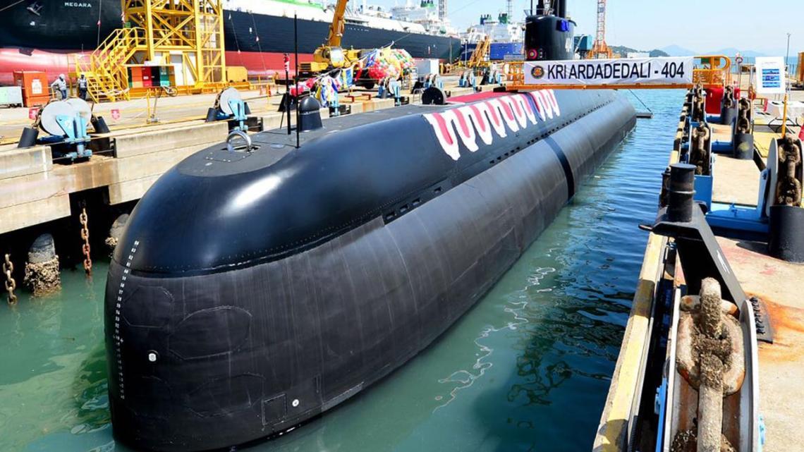 Indonesia Navy's Nagapasa (DSME 209/1400)-class submarine KRI Ardadedali