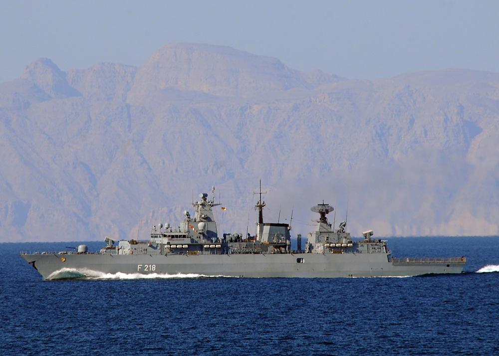 The German frigate Mecklenburg-Vorpommern transits the Straits of Hormuz