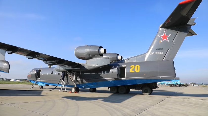The Russian Federation Defence Ministry dispatches a Beriev Be-200 amphibious aircraft of the Russian Navy maritime aviation to join firefighting operations in Turkey.