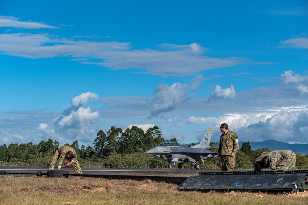 US Air Force 474th EOSS Airmen Complete MAAS Install at Comando Aereo de Combat Number 5, Colombia