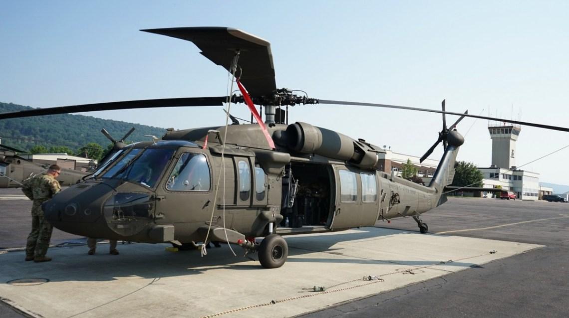 https://i1.wp.com/militaryleak.com/wp-content/uploads/2021/07/us-army-national-guard-receives-new-uh-60v-black-hawk-1.jpg?resize=1140%2C638&ssl=1