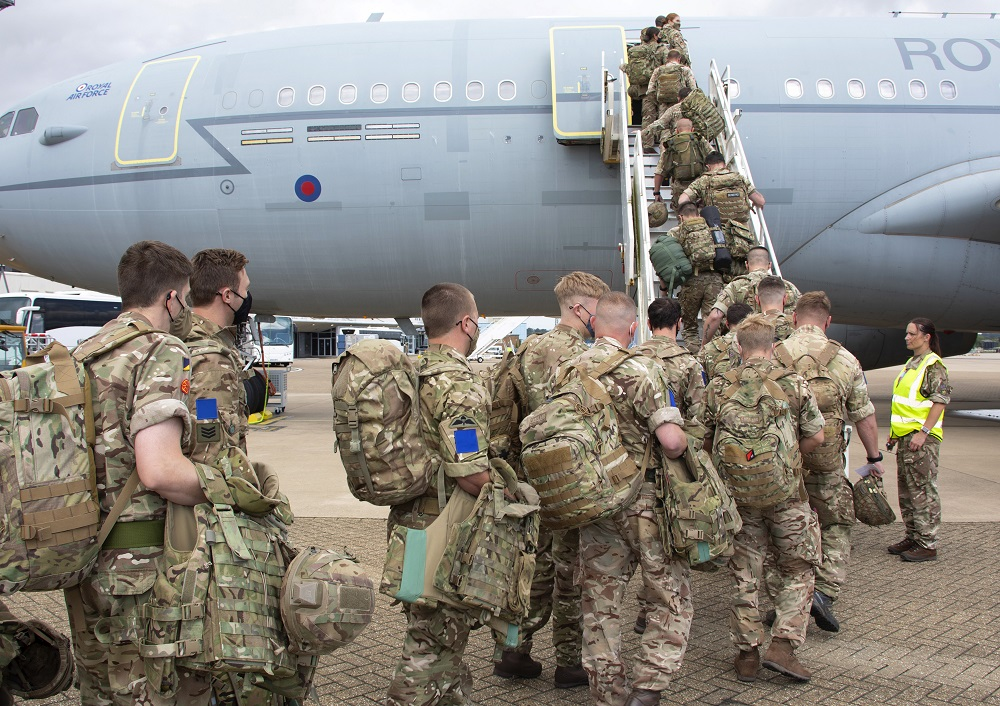 Additional UK military personnel will deploy to Afghanistan on a short-term basis to provide support to British nationals leaving the country, the Defence Secretary has announced.