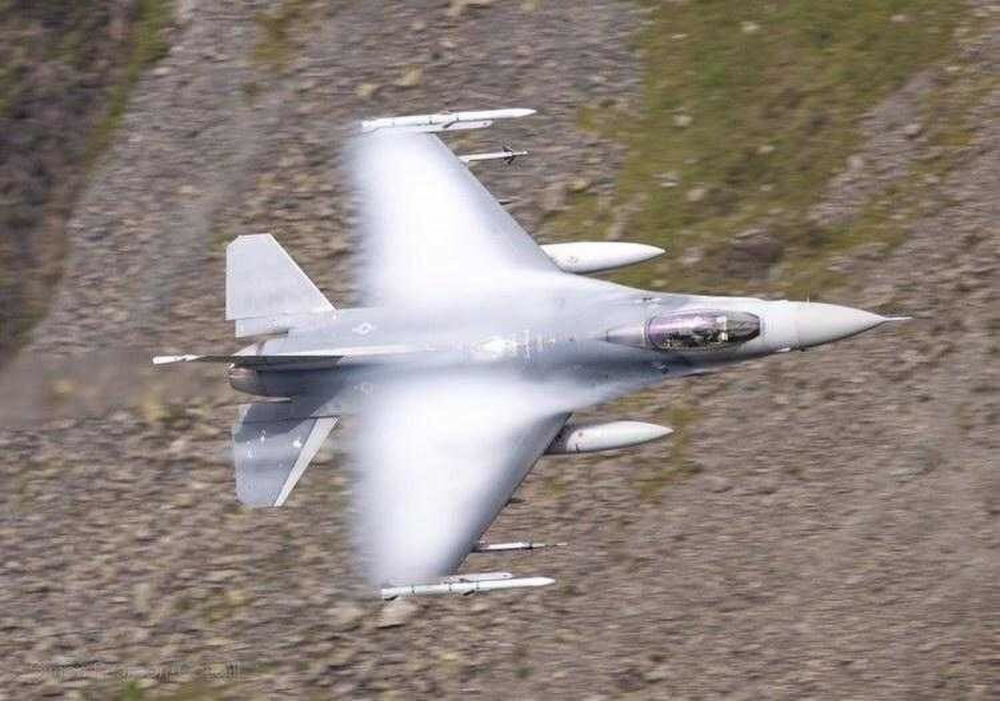 US Air Force 31st Fighter Wing F-16C Fighting Falcons Conduct Live Fire Air-to-air Training Employment