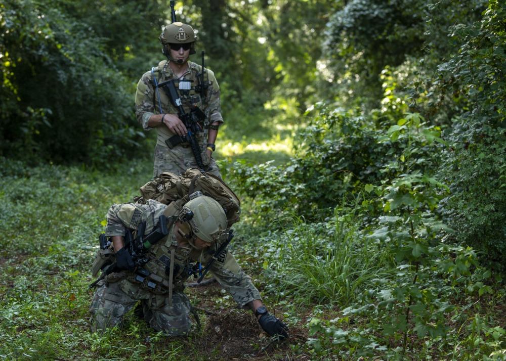 US Air Force 4th Civil Engineer Squadro Explosive Ordnance Disposal Flight Hosts Multi-base FTX