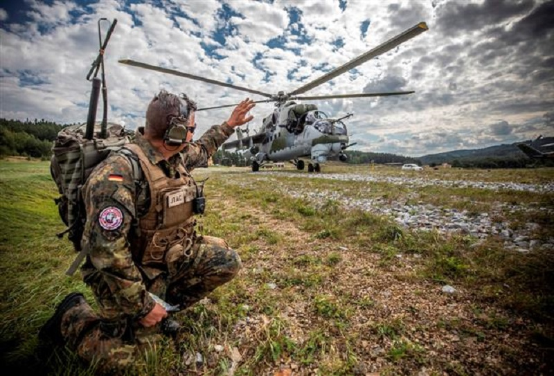 Czech Republic Hosts Multinational Joint Terminal Attack Controller (JTAC) Exercise Ample Strike 21