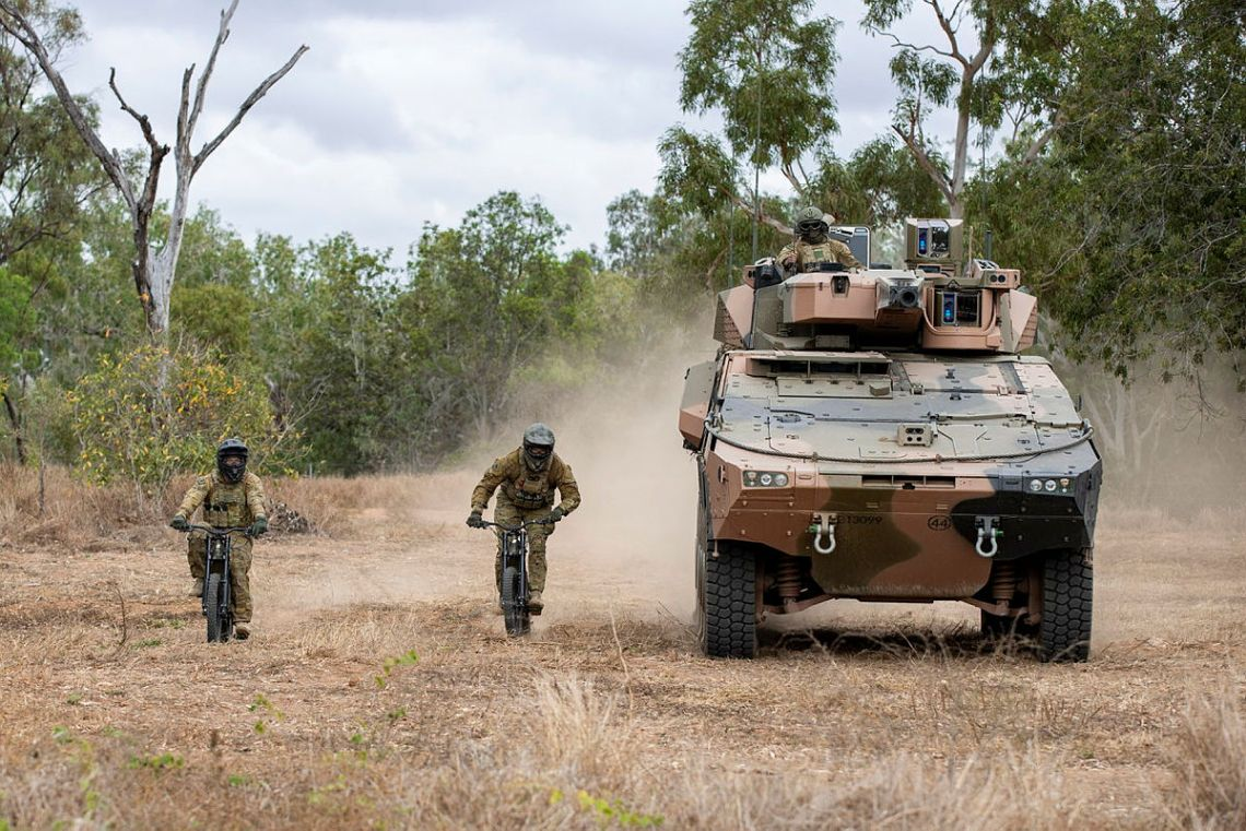 Australian Army 2nd/14th Light Horse Regiment Testing Stealth Reconnaissance E-bikes for Use in Combat