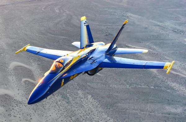 Incredible Images Of The Blue Angels Aerobatic Team ...