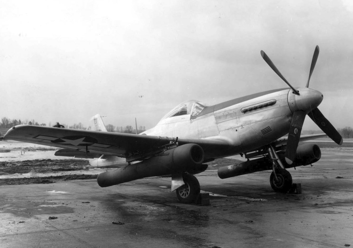 An Experimental P-51 Mustang with Underwing Pulsejets