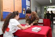 Peacekeeper italiani durante la donazione (21)