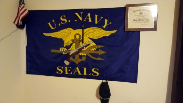 cotto-seal flag