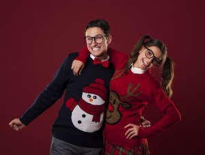 5 Tips for Hosting an Ugly Sweater Party