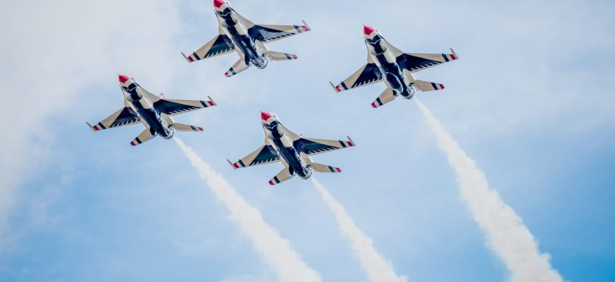 The Thunderbirds and Blue Angels Official 2021 Air Show Schedule is here!