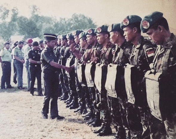 Pasukan Garuda XXI B TNI Linud Kostrad
