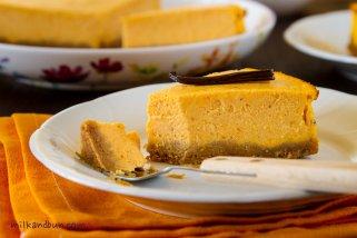 Smooth pumpkin cheesecake