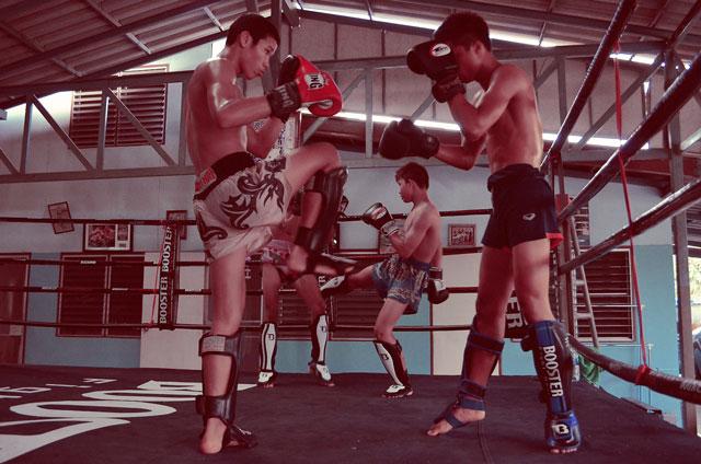 sparring-muay-thai-kiatphontip